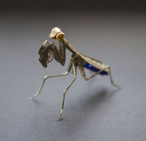 Recycled-watches-turned-into-creatures-1